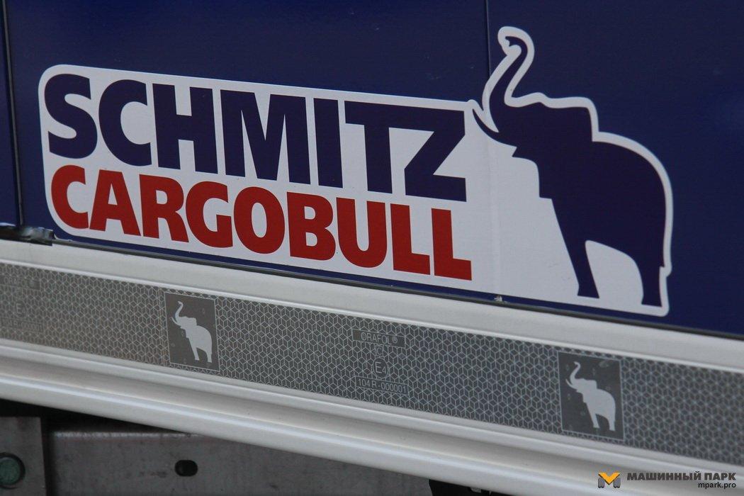 Считаем слоников Schmitz Cargobull. Сколько эмблем у трейлера?